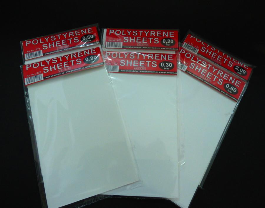 Plastikové destičky 0,6 mm