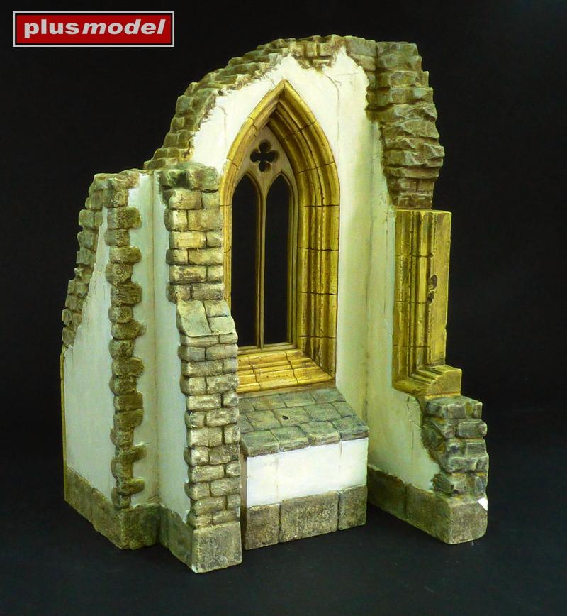 Okno gotické katedrály