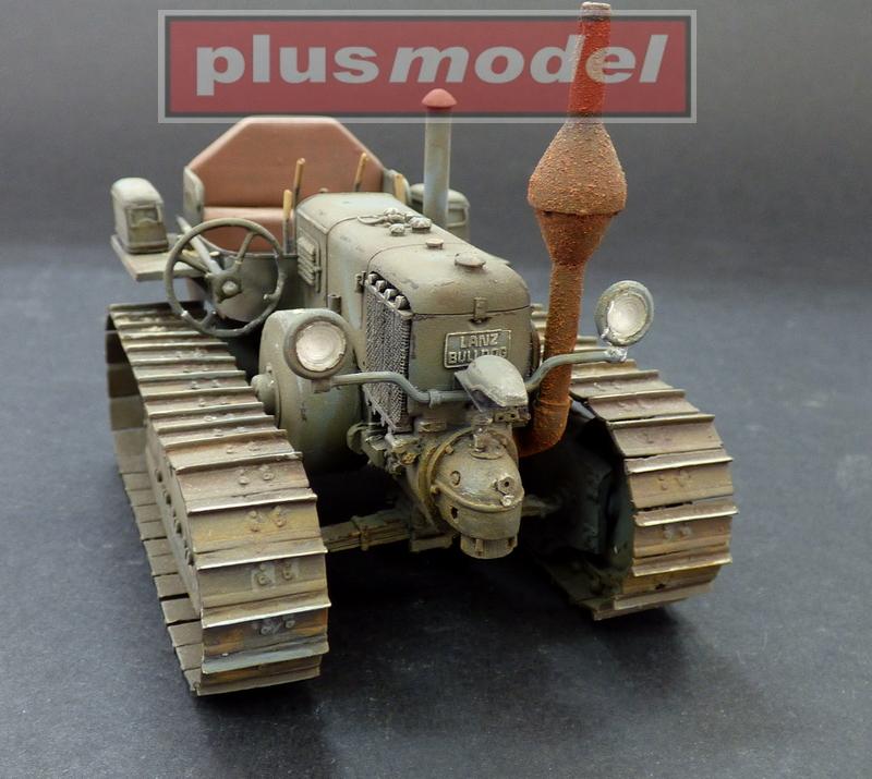 Lanz Bulldog 35 HP, pásový traktor-1
