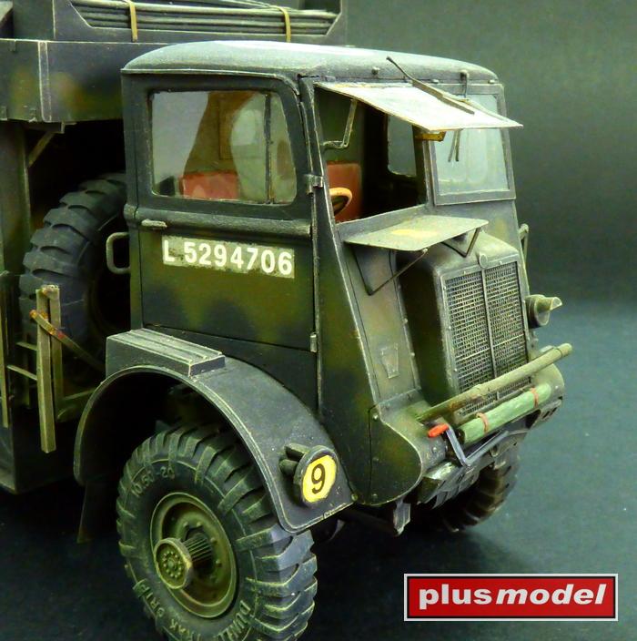 Bedford QL - kabina řidiče-1