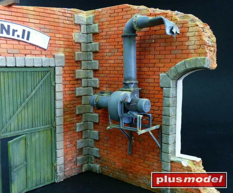 Tovární vrata-2
