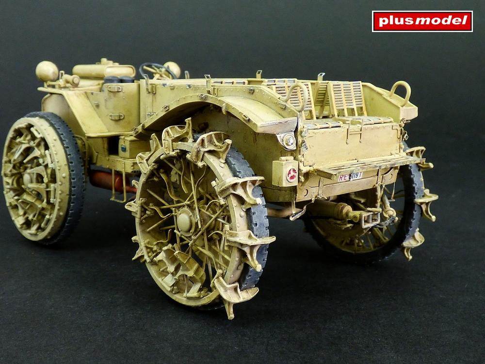 Dělostřelecký tahač Pavesi P4-100 model 30A-2