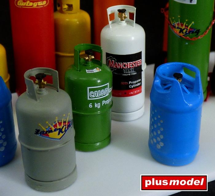 Plynové lahve-velké -2