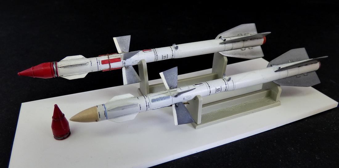 Ruská raketa R-27ER AA-10 Alamo-C -1