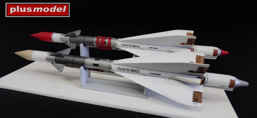 Ruská raketa R-40R AA-6 Acrid-1