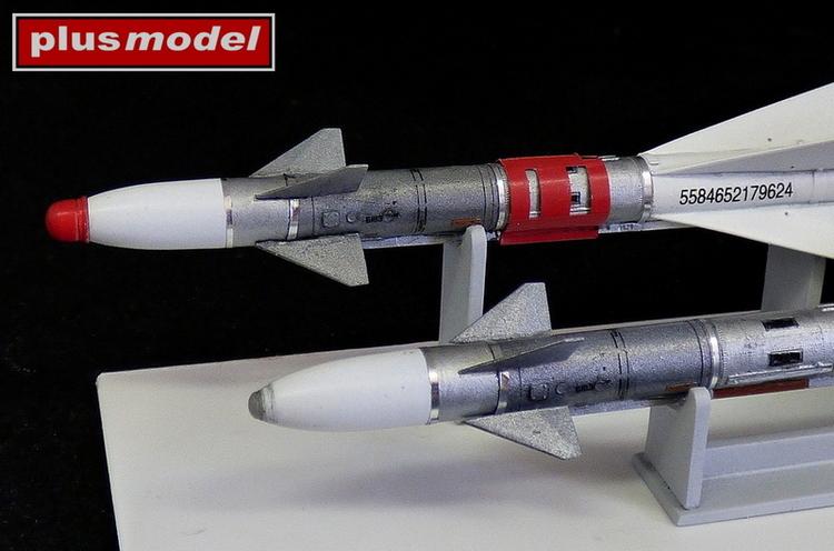Ruská raketa R-40TD AA-6 Acrid-2