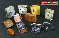 Německý radio set s Enigmou